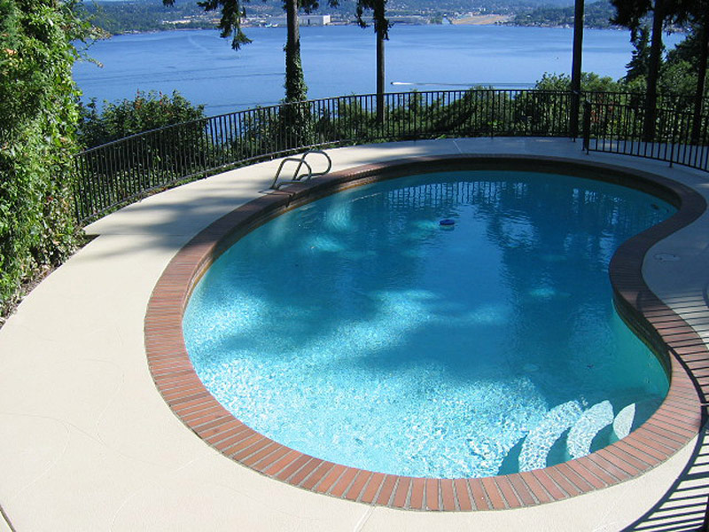 custom pool deck seattle.jpg