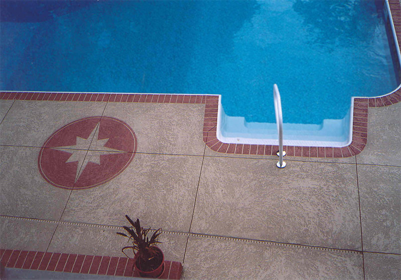 seattle custom pool deck.jpg